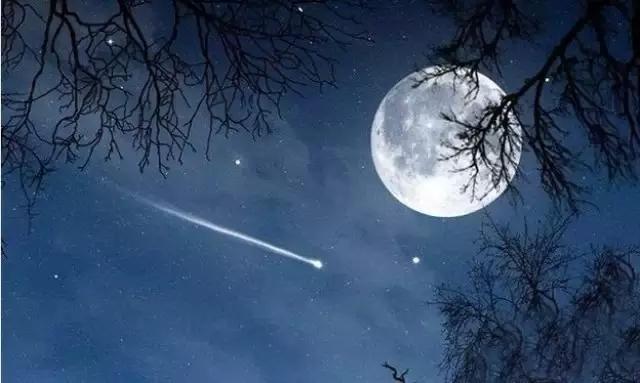中秋来三清山观最大最圆最美月亮!